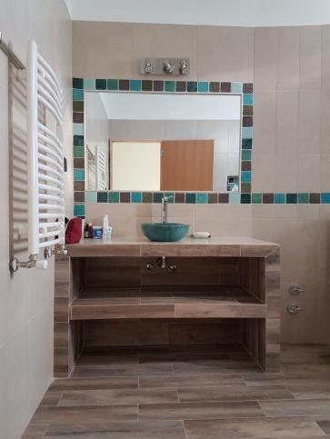 Colocación de revestimientos de cocinas y baños